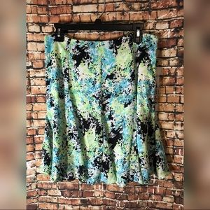 Floral skirt size 12P short and fit/ flare shape